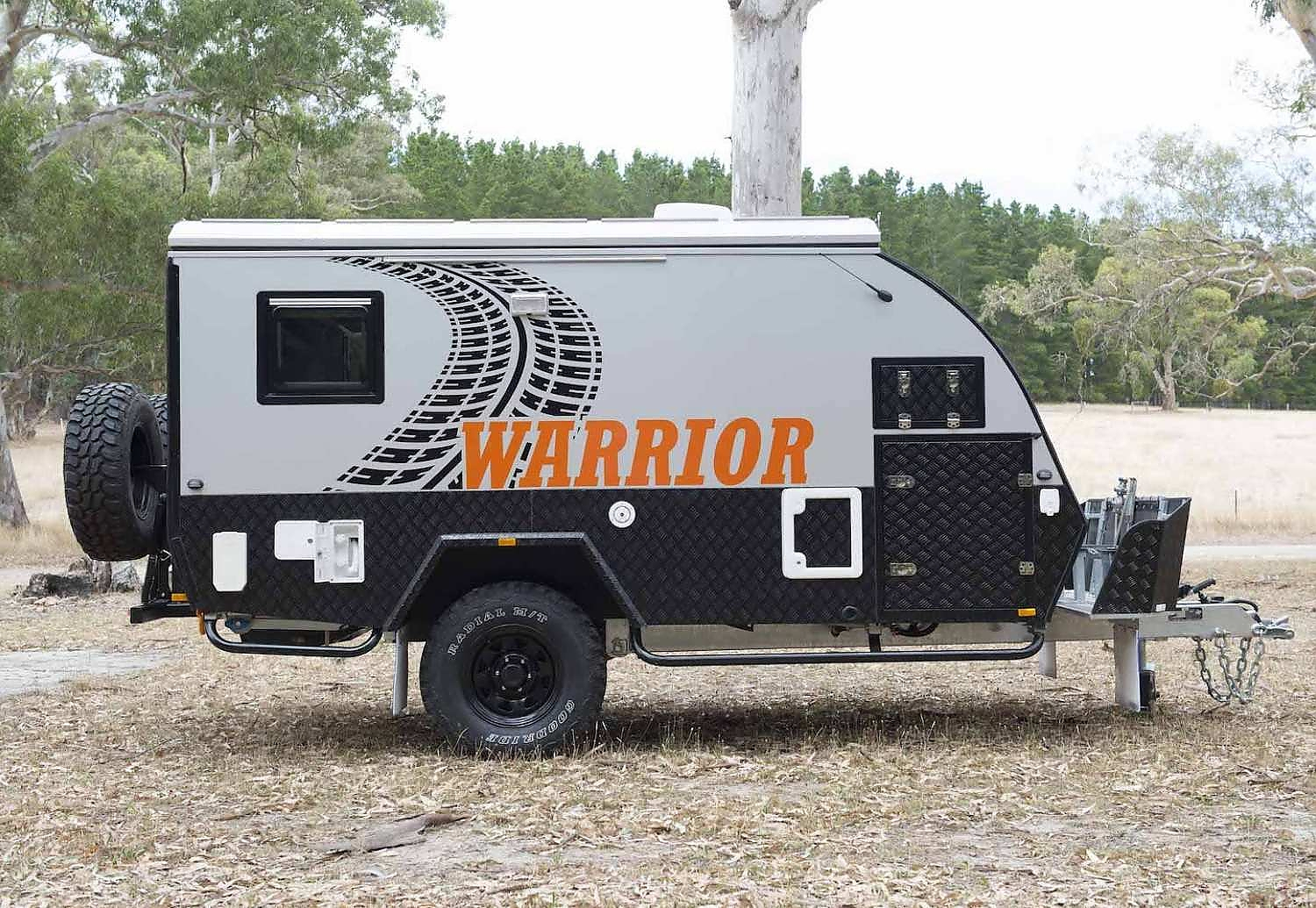 Warrior Off Road Hybrid Caravan